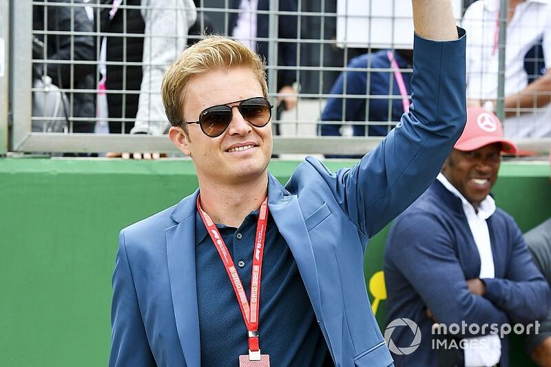 Rosberg majdnem kézfogása Bottasszal: videó