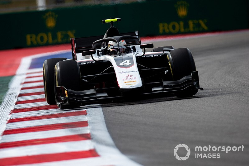 Sochi F2: De Vries snatches pole from Latifi