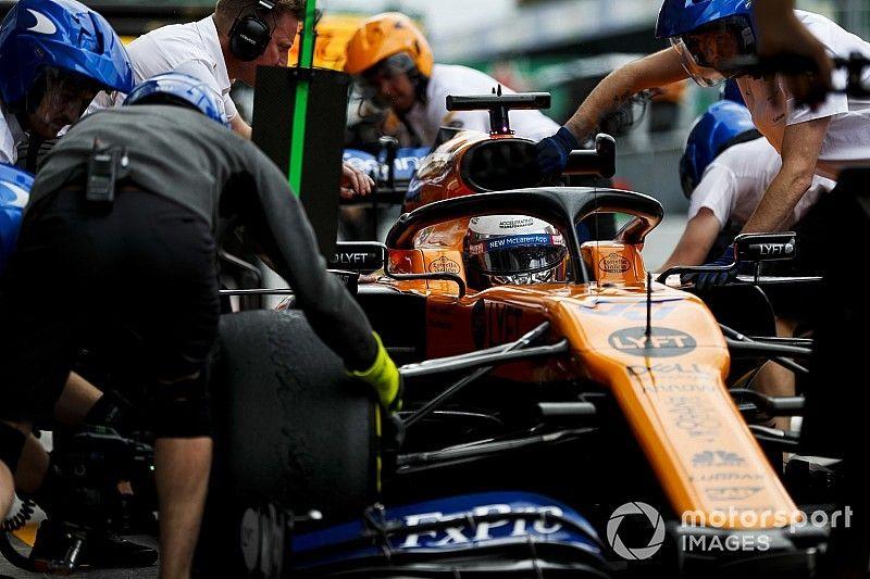 McLaren multado por salida peligrosa de Sainz