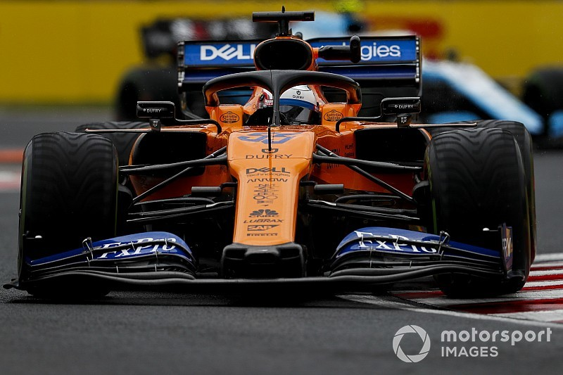 Sainz betwijfelt of McLaren los kan komen van middenmoot