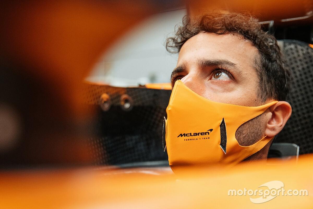 Риккардо: Втихаря ездил на McLaren, когда был пилотом Red Bull