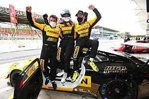 Porsche GT3 Cup: Trio formado por piloto virtual Jeff Giassi, Enzo Elias e Dimas Pimenta crava pole