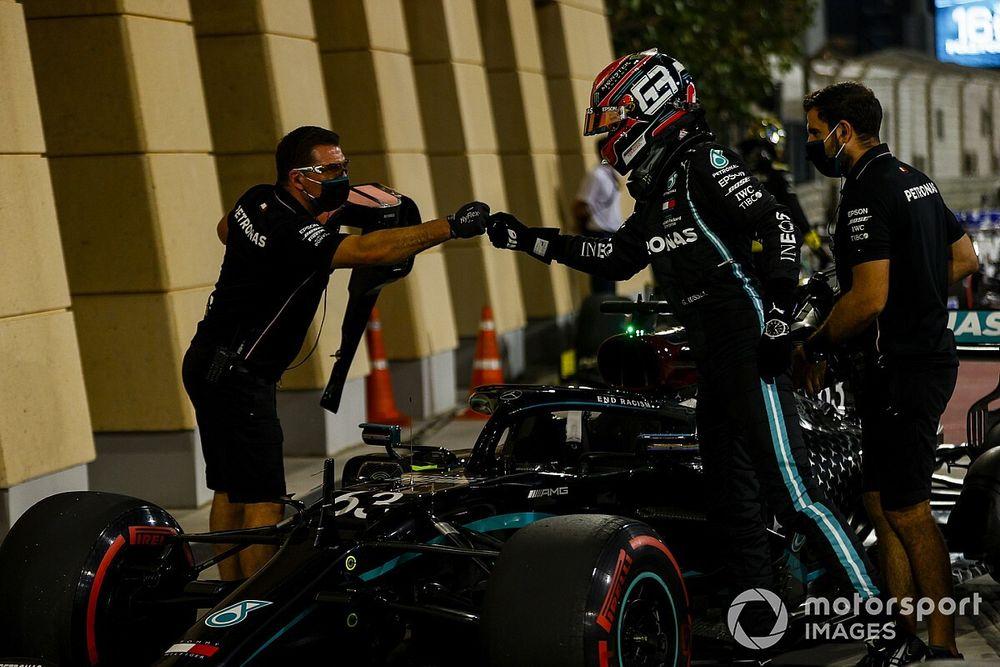 Russell appuie toujours sur de mauvais boutons dans la Mercedes