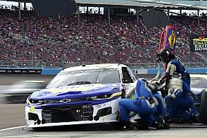 Chase Elliott fails inspection twice, will start from rear