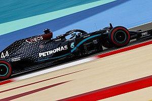 Хэмилтон завоевал в Бахрейне десятый поул в сезоне