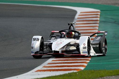 Porsche, Audi ve BMW'nin aksine Formula E'de devam edecek