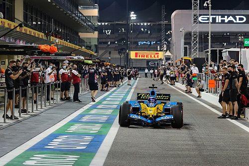 """Ricciardo: Alonso e Renault 2005 mostram que F1 precisa ter volta do """"fator uau"""""""