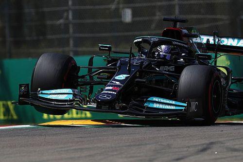 Hamilton da leggenda nella qualifica di Imola. Leclerc quarto
