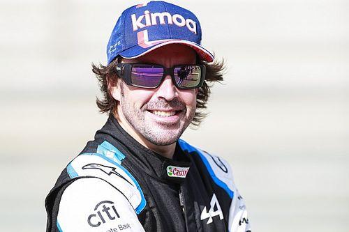 """Veel vertrouwen bij Alonso: """"Ben beter dan Hamilton en Verstappen"""""""