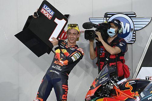 """ペドロ・アコスタ、Moto3衝撃の""""逆転勝ち""""にMotoGPライダーから称賛の嵐。「今季の王者候補」との評価も"""