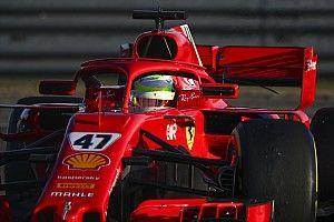 Schumacher, Fiorano testinin son gününde Sainz ve Leclerc'in temposuna yaklaştı