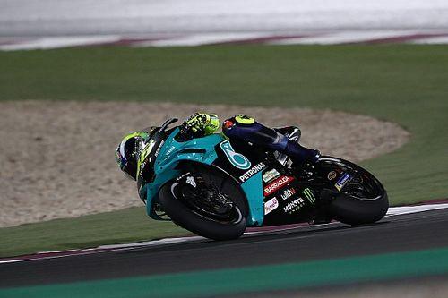 """バレンティーノ・ロッシ、予選4番手の期待外れる。決勝12位とガタ落ちの理由は""""また""""タイヤ"""