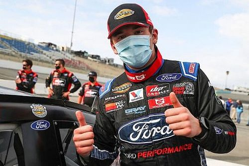 Taylor Gray penalized for using cell phone during ARCA test