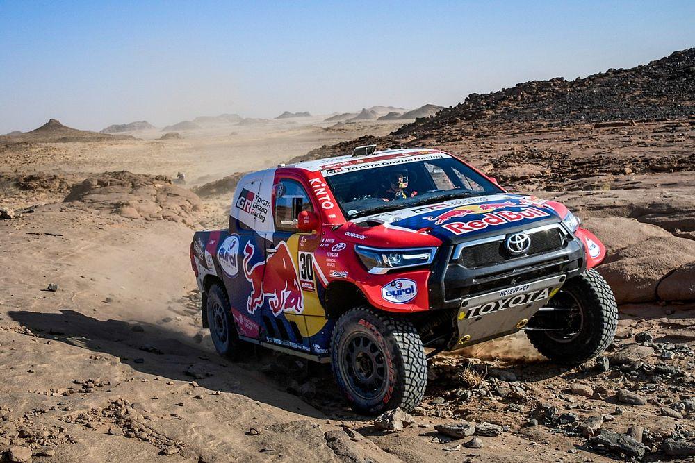 Dakar, Auto, Tappa 4: Al-Attiyah firma il tris. Peterhansel 2°