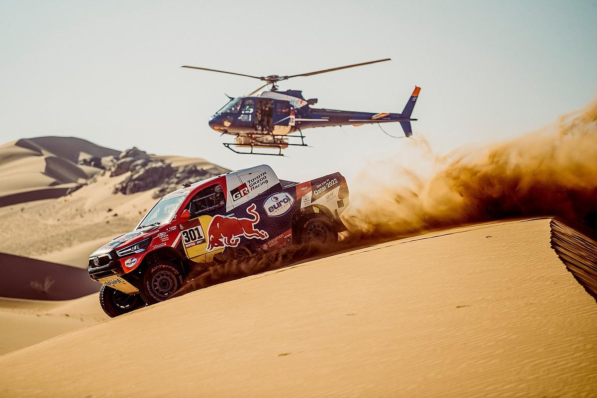 2021 Dakar 3. etap: Al-Attiyah, Peterhansel'le arayı kapatıyor, Sainz geriye düştü