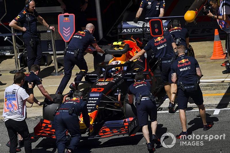 Red Bull поменяла шасси Гасли в ночь с пятницы на субботу