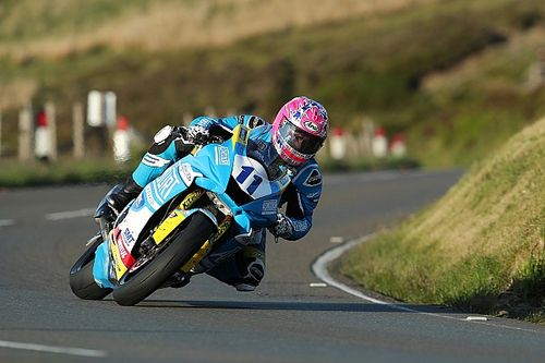 TT 2019, Supersport: prima vittoria per Johnston in una gara di soli due giri