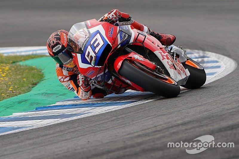 "Marquez: Bradl's carbon-covered Honda felt ""different"""