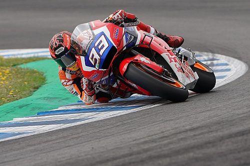 Marquez: Sasis karbon Honda terasa berbeda