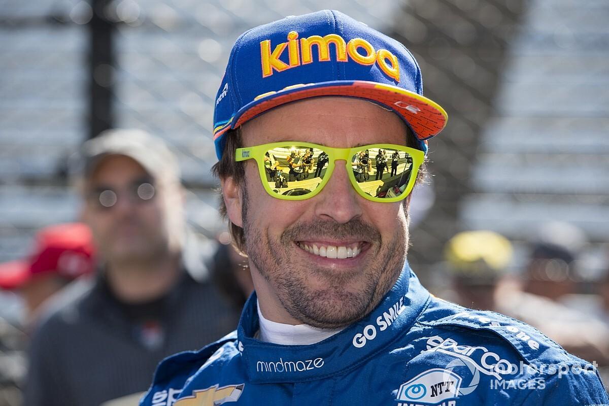 Alonso niega los rumores sobre su salida de McLaren