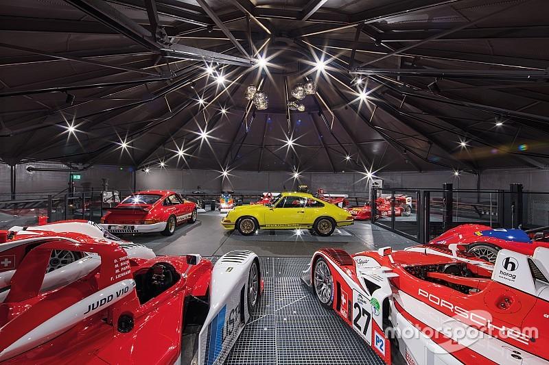 Rennsportatmosphäre erleben in der Autobau Erlebniswelt