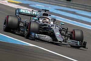 Хэмилтон приготовился «нянчиться» с болидом Mercedes в Шпильберге