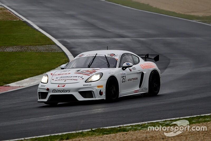 Simone Riccitelli presente al Mugello con la Porsche di Ebimotors