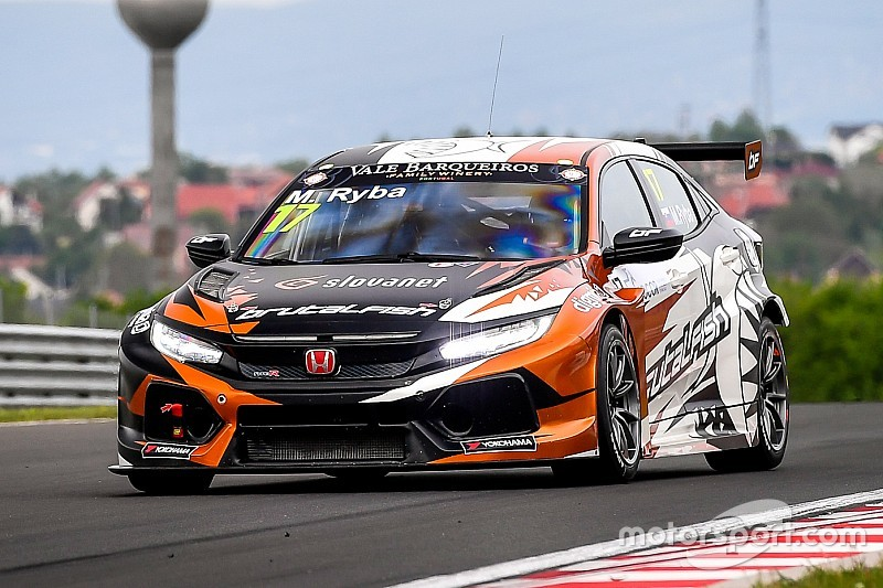 Daniel Lloyd e il Brutal Fish Racing Team si accordano per la stagione 2019 nel TCR Europe