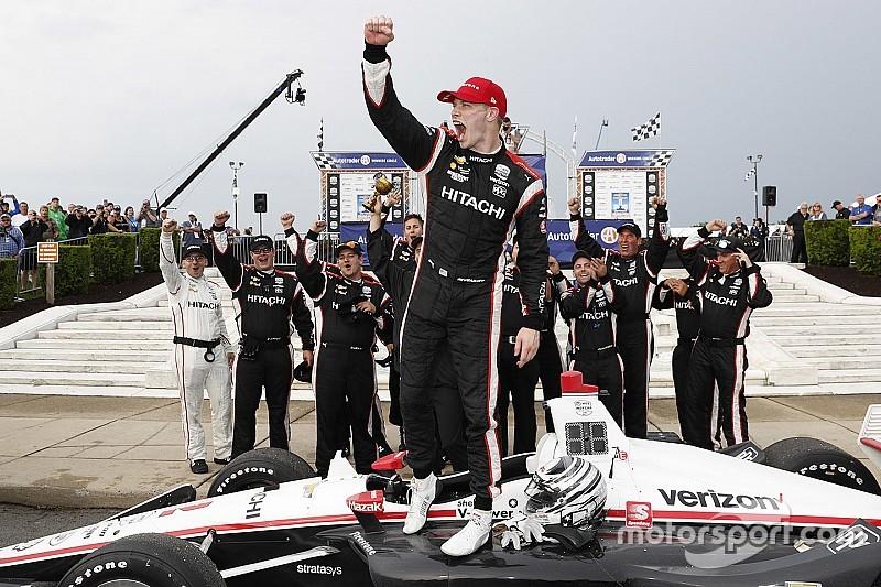 Detroit IndyCar: Newgarden beats Rossi in wet-dry Race 1