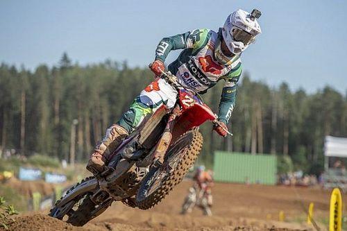MXGP Letland: Gajser claimt zege na tiebreak, Cairoli valt hard