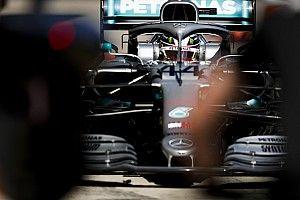 Hamilton è stato penalizzato per aver bloccato Raikkonen: partirà quinto