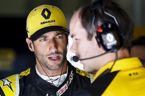 """F1: Ricciardo diz que forma atual da Renault """"não é consistente"""""""