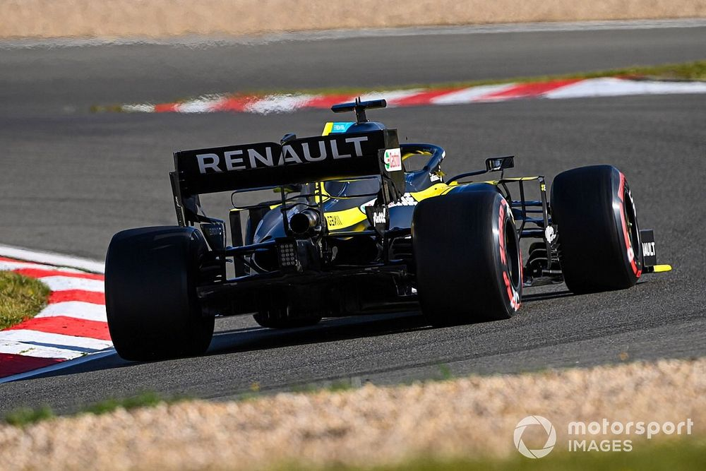 "Ricciardo: Renault no longer a ""hit or miss"" car"
