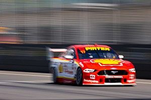 The Bend Supercars: McLaughlin pips Mostert in P2