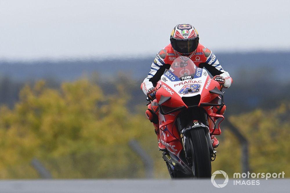 MotoGPフランスFP2:変化するコンディションの中、ミラーがトップ。中上奮闘3番手