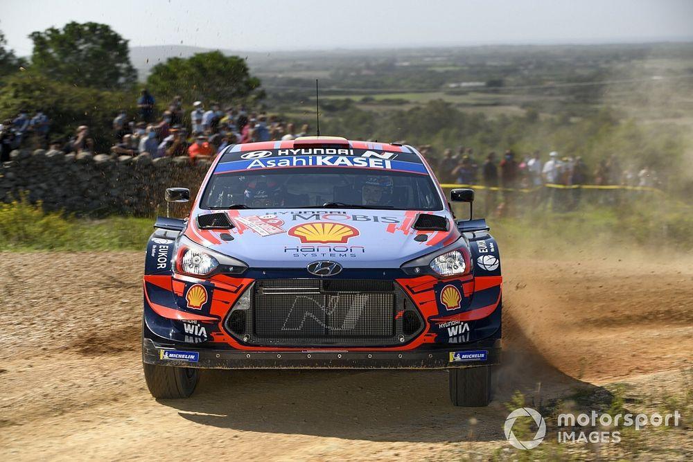 WRC, giallo Hyundai: le i20 trattenute nel Parco Chiuso