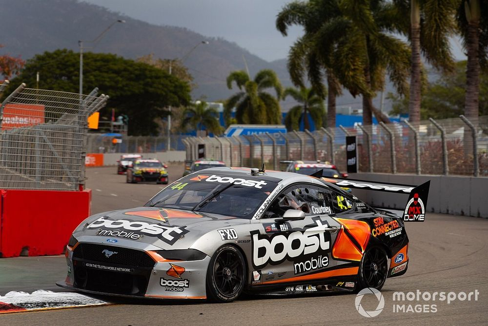 Townsville Supercars: Courtney tops opening practice
