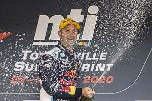 Townsville Supercars: Whincup wins despite radio dramas