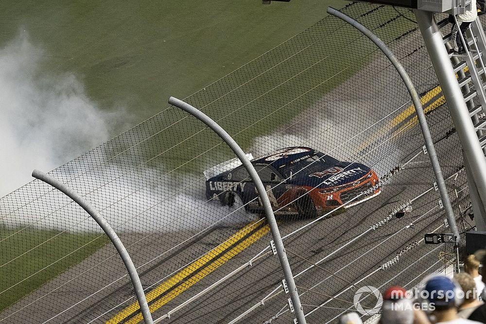 NASCAR: Byron conquista vitória inédita e se classifica; Johnson está fora
