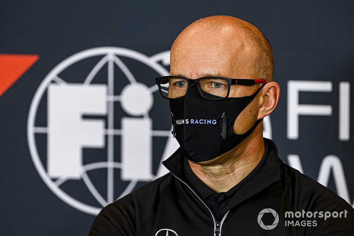 Acting Williams F1 boss Roberts tests positive for COVID-19