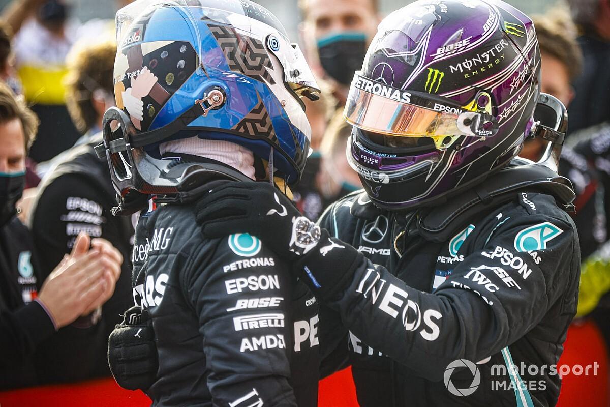 Nieuw F1-contract Hamilton met 'Verstappen-clausule' in de maak?