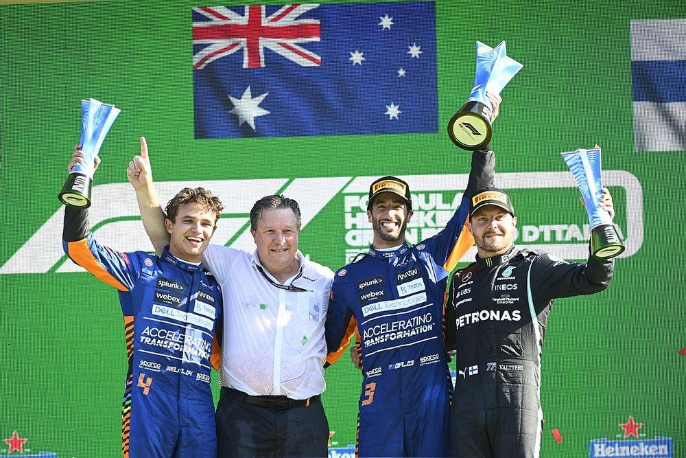 İtalya GP: Ricciardo ve McLaren yıllar sonra kazandı, Verstappen-Hamilton çarpıştı!