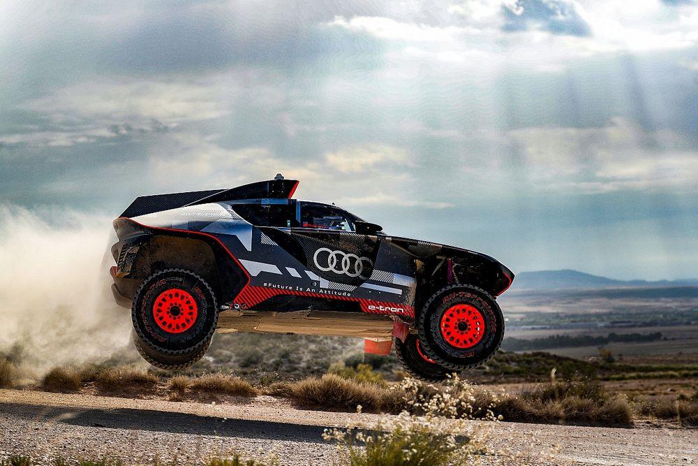 Hiszpańskie testy Audi RS Q e-tron