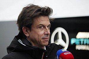 "F1: Wolff vê corrida ""espetacular"" de Verstappen e diz que ninguém ""maximiza"" pontos"