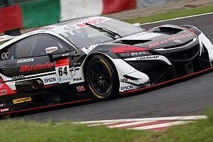 スーパーGT第3戦鈴鹿予選:GT500はダンロップ勢のフロントロウ独占。Modulo NSX-GTがポールを獲得