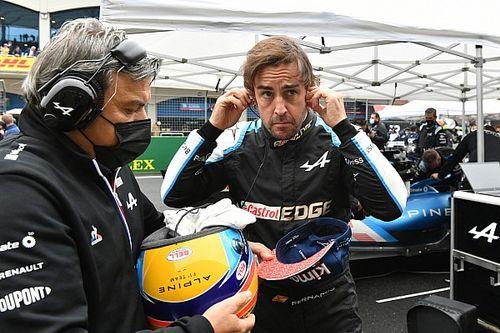 El director de carrera de la F1 contesta a Alonso
