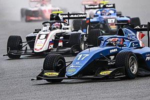 Смоляр поднялся на подиум в воскресной гонке Формулы 3 в Спа