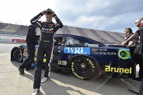 """Kasey Kahne no longer """"completely committed 100 percent"""" to NASCAR"""