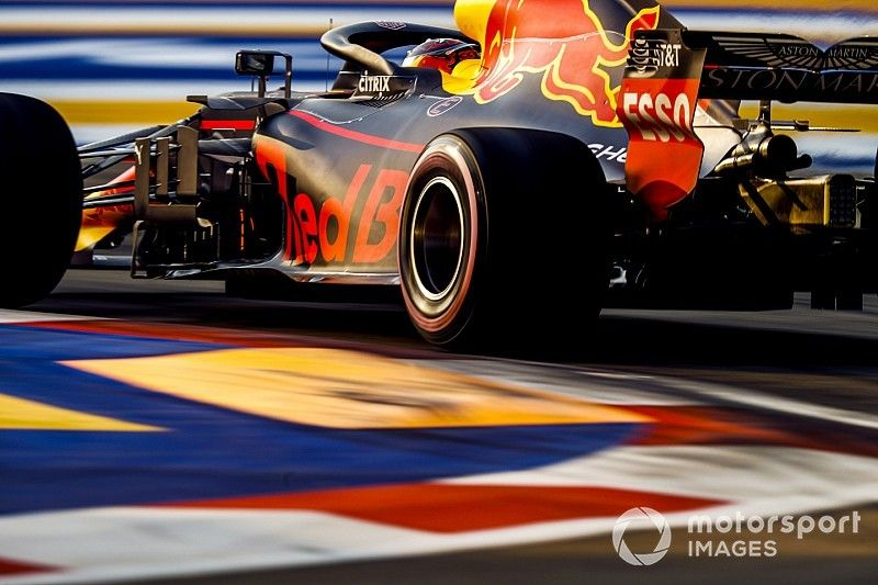 Red Bull considera troca para versão antiga do motor Renault