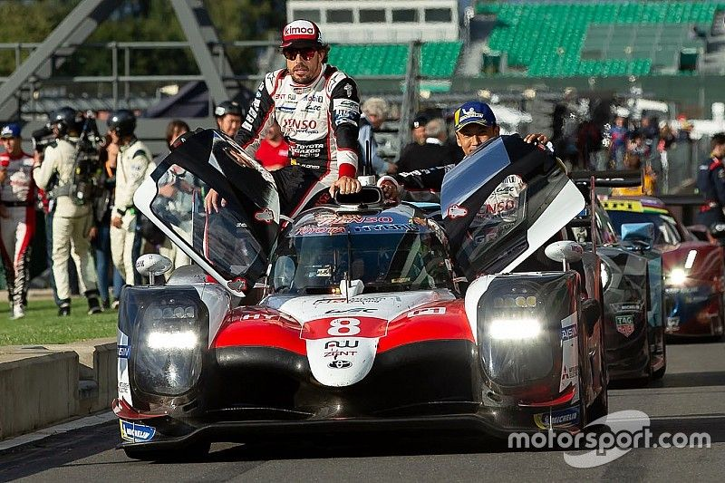 Toyota explica la descalificación que dejó sin victoria a Alonso, Buemi y Nakajima